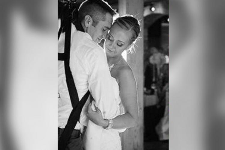 Veteran and wife first dance without wheelchair